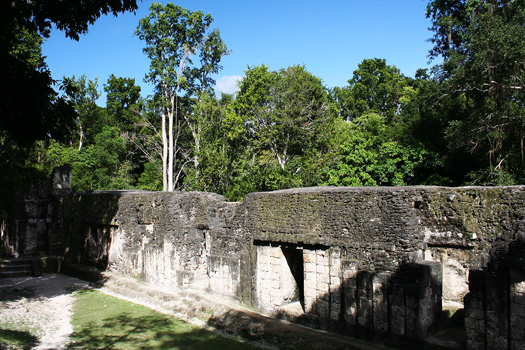 Grupo G, Tikal, possibly the palace quarters of Yik'in Chan K'awil